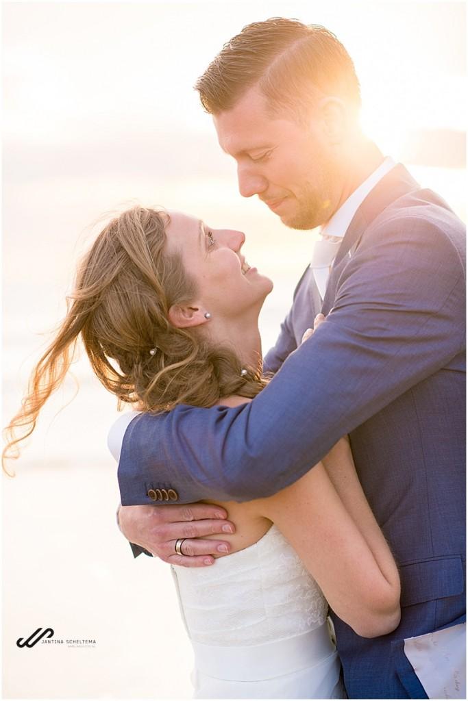 Zonsondergang op je bruiloft op Ameland