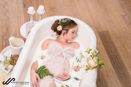 zwangerschapsfotografie melkbad
